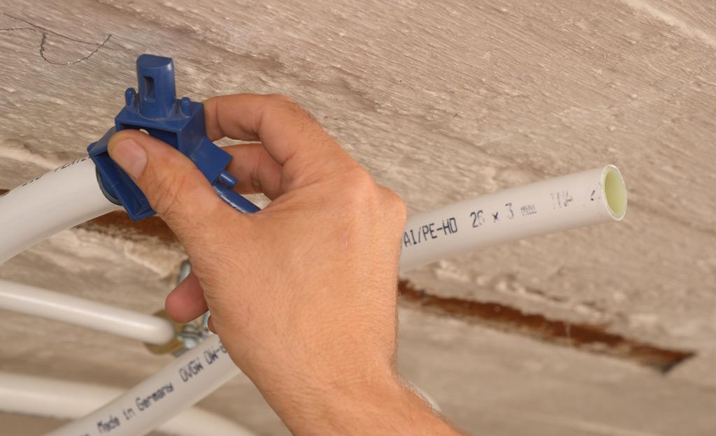 Häufig Heizungsrohre verlegen | selbst.de IJ23