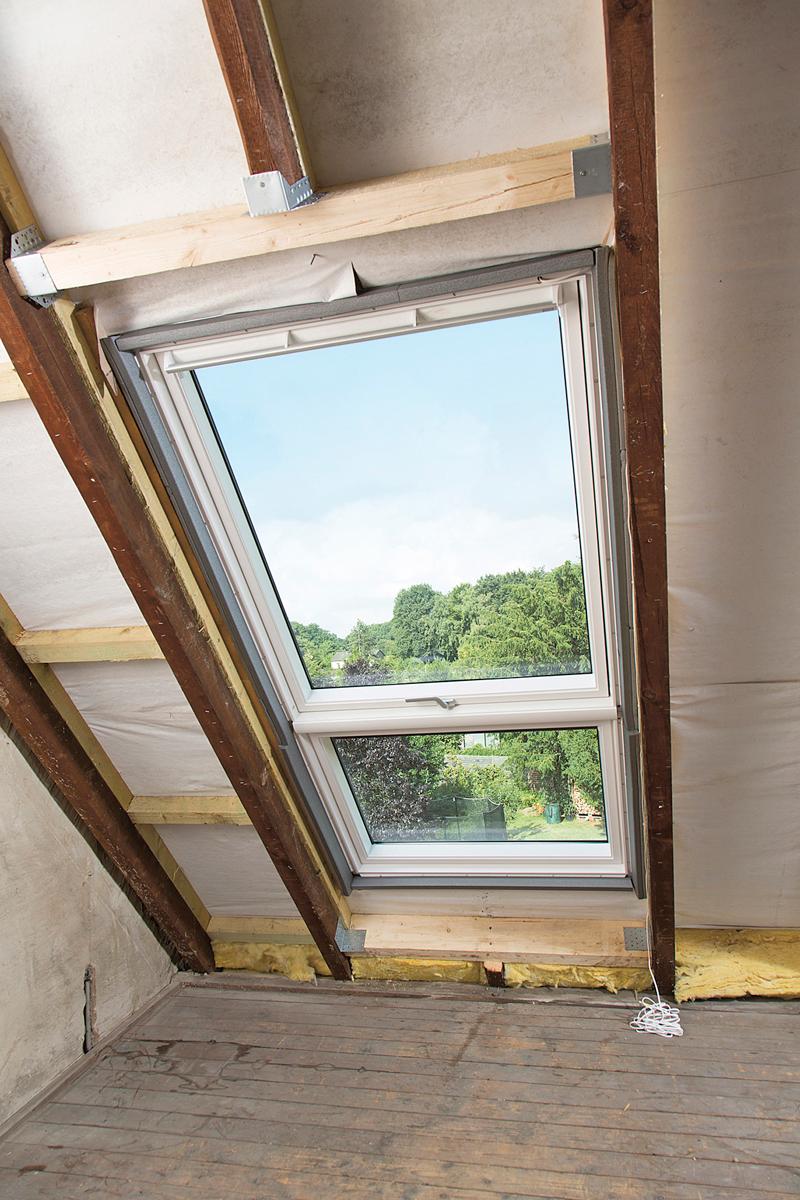 Dachausbau: Fenster einsetzen