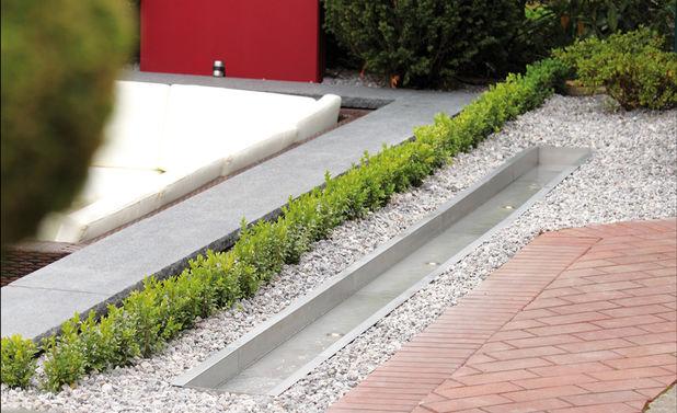 Wasserlauf selber bauen for Gartenteich edelstahl