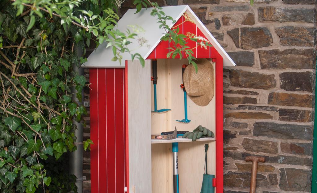 Holz-Gartenschrank