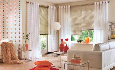 Rollos & Co.: Blendschutz fürs Fenster