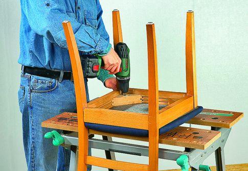 Stuhl reparieren - Lockere fliesen reparieren ...