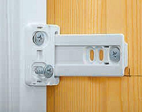 Kühlschrank Befestigung Tür : Kühlschrank einbauen selbst