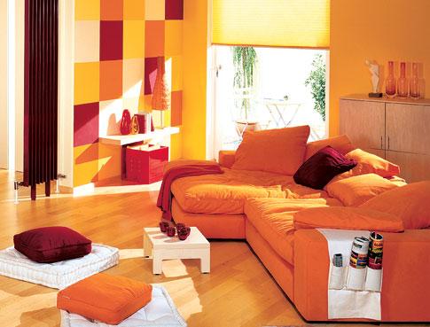 raumgestaltung mit farbe acht farbenfrohe wohnbeispiele farben tapeten. Black Bedroom Furniture Sets. Home Design Ideas