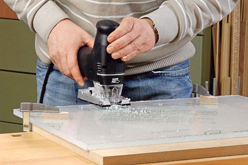 Plexiglas-Helfer für glatte Oberflächen: Bild 3 von 3