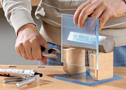 Plexiglasplatten verkleben: Schritt 5 von 8