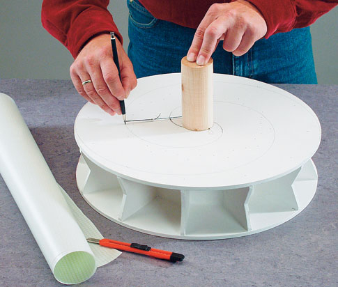 wasserrad schablone f r die aufgemalte spirale. Black Bedroom Furniture Sets. Home Design Ideas