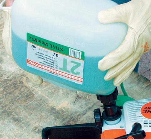 Benzin-Kettensäge