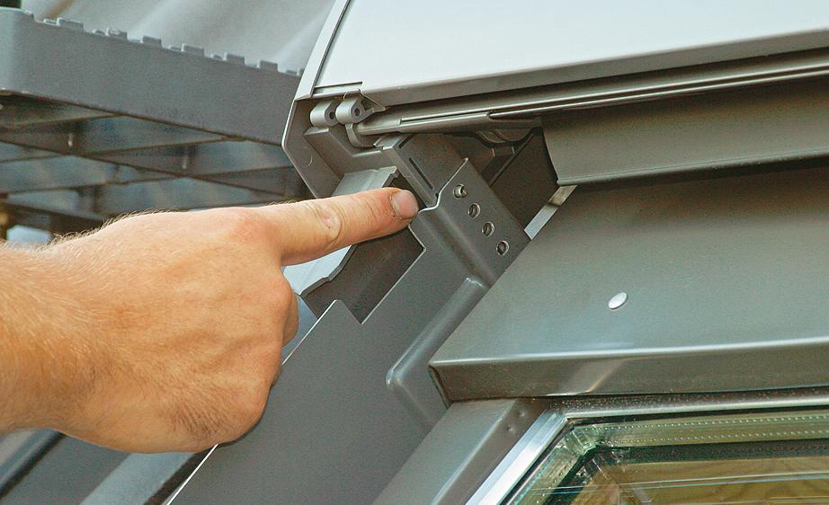 Gut bekannt Dachfenster-Rollladen nachrüsten | selbst.de TQ19