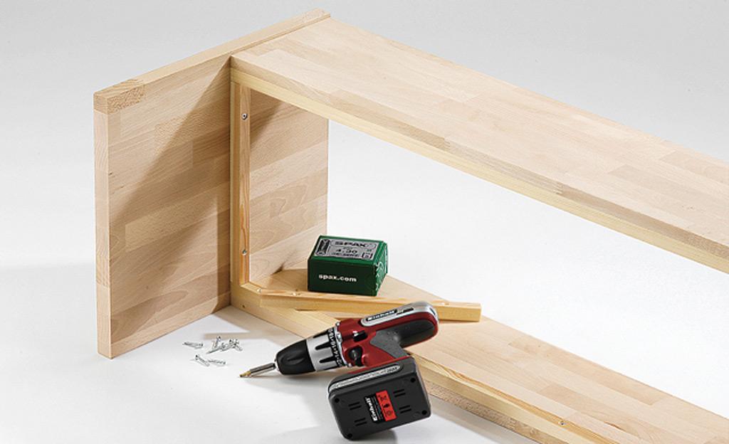 garderobenbank selber bauen einrichten mobiliar bild 4. Black Bedroom Furniture Sets. Home Design Ideas