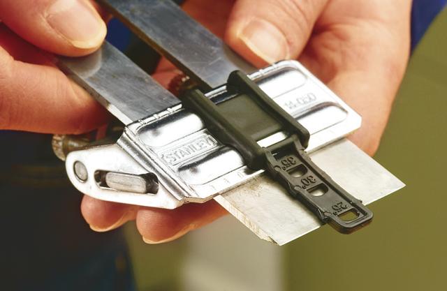 Holzhobelmesser richtig schärfen/abziehen -  Schritt 1 von 4