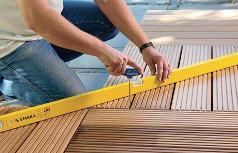 Bauanleitung: Holzterrasse montieren – Schritt 2 von 18