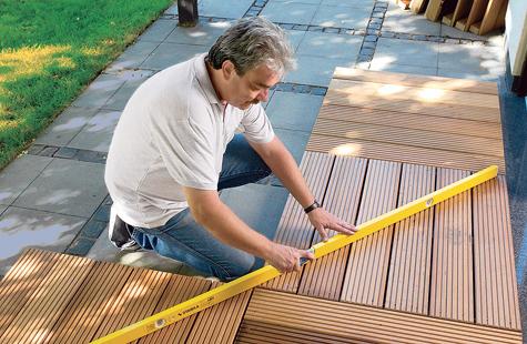 Bauanleitung: Holzterrasse montieren – Schritt 3 von 18