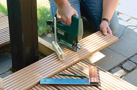 Bauanleitung: Holzterrasse montieren – Schritt 8 von 18