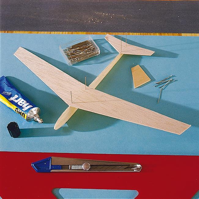 flugzeug basteln | spielzeug & spielgeräte | selbst.de, Moderne