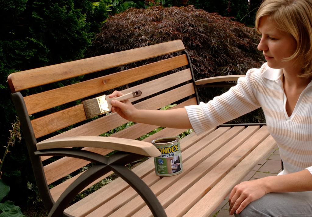 Teakholz pflegen  Gartenmöbel  selbstde