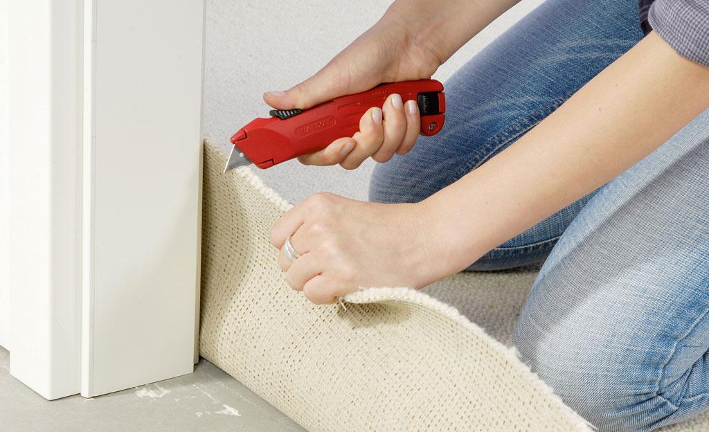 Teppich auf Türschwellen anpassen