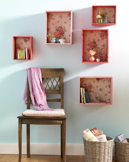 b cherregal aus weinkisten. Black Bedroom Furniture Sets. Home Design Ideas