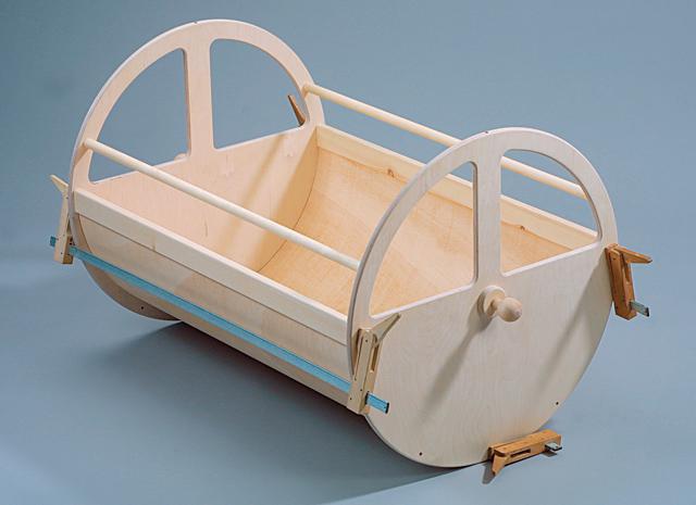 bauanleitung baby wiege selbst bauen kinderm bel. Black Bedroom Furniture Sets. Home Design Ideas