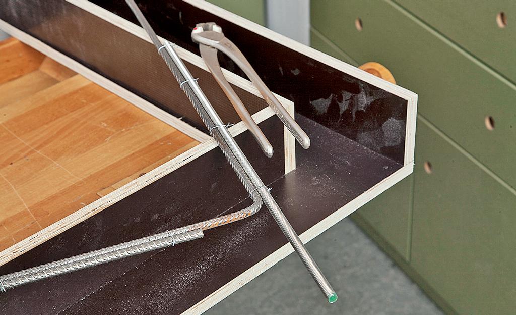beton esstisch tische sitzm bel bild 6. Black Bedroom Furniture Sets. Home Design Ideas