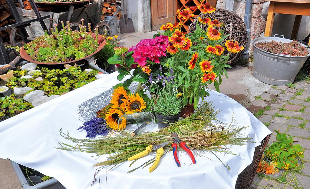 Blumengesteck basteln