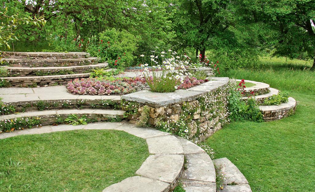 Gartentreppe wege z une - Gestaltung gartenwege ...