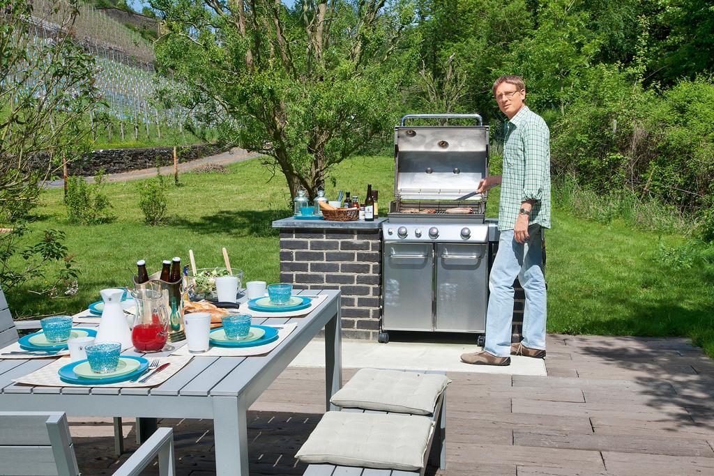 grillplatz grilltechnik grillsysteme bild 2. Black Bedroom Furniture Sets. Home Design Ideas