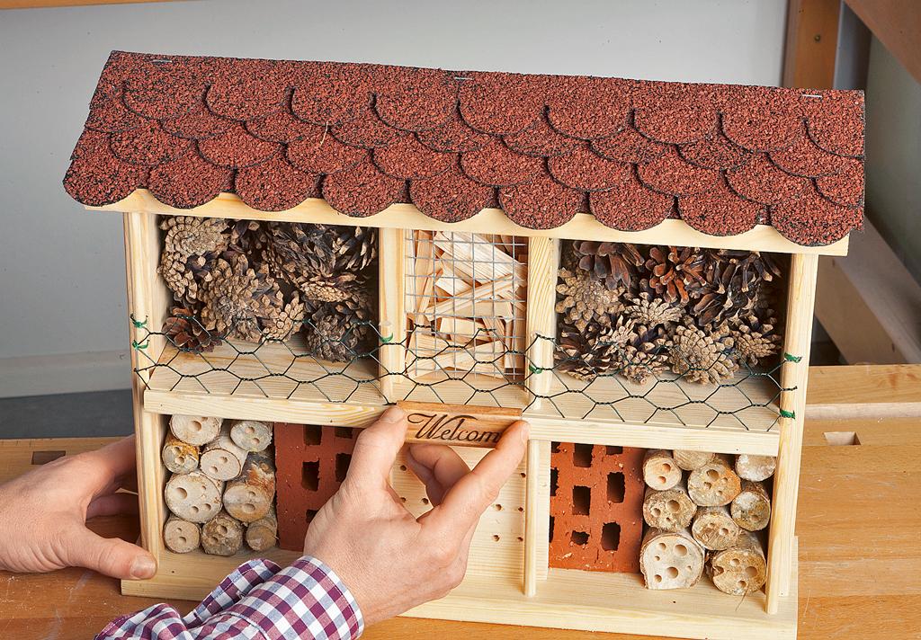 insektenhotel kaufen futterhaus nisthilfen. Black Bedroom Furniture Sets. Home Design Ideas