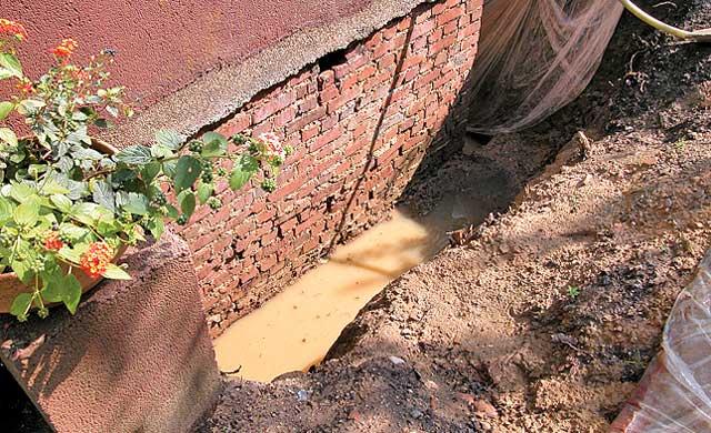 Sickerwasser entfernen