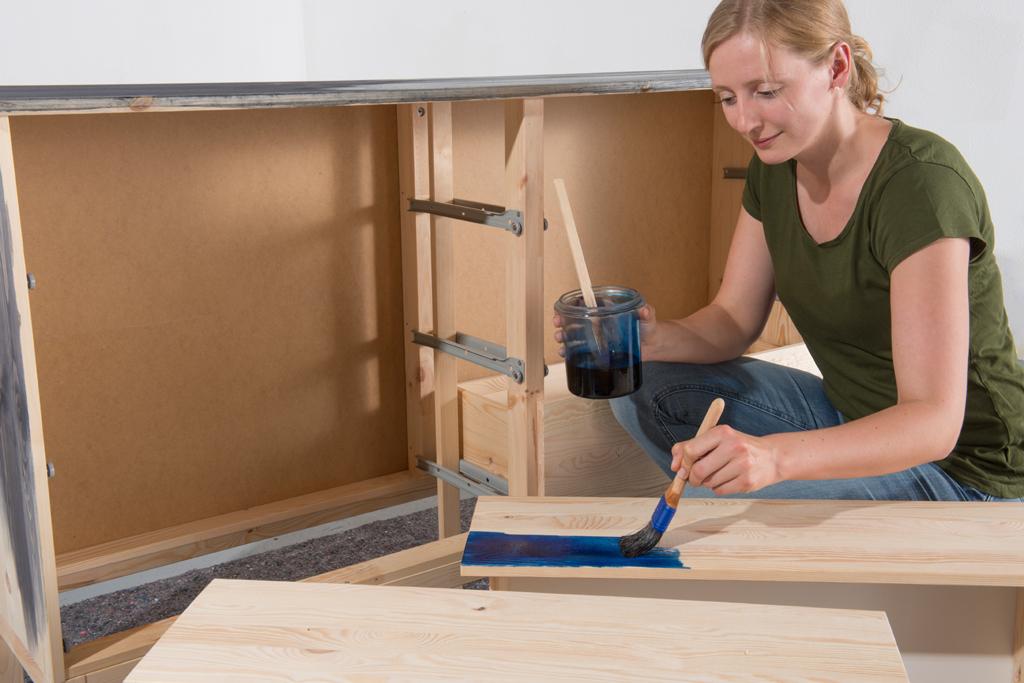 kommode beizen lasuren lacke le. Black Bedroom Furniture Sets. Home Design Ideas