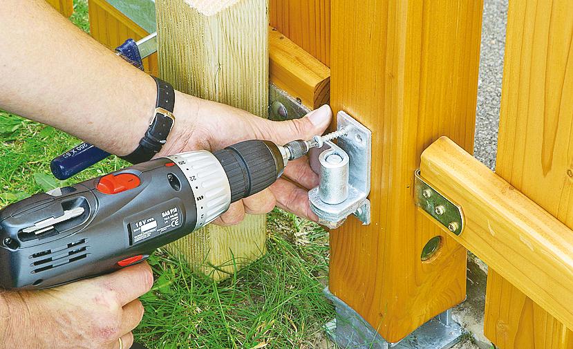 Bauanleitung Gartentor Aus Holz Tischlern ~ Holz Gartentor bauen Schritt 17 von 22