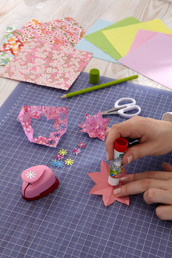 Origami: Papierblüten basteln