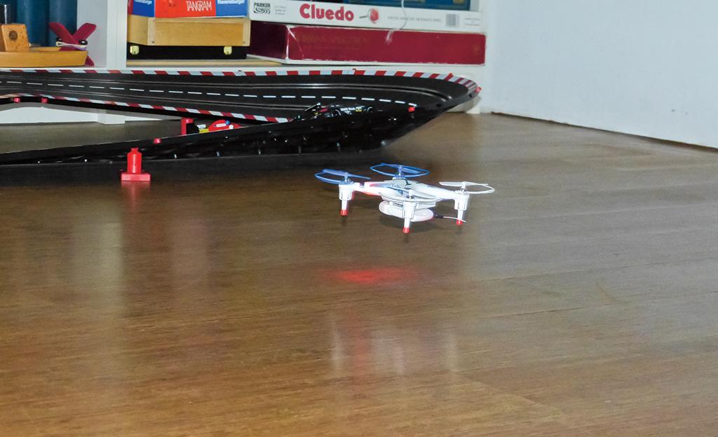 WiFi-Quadrocopter von Revell