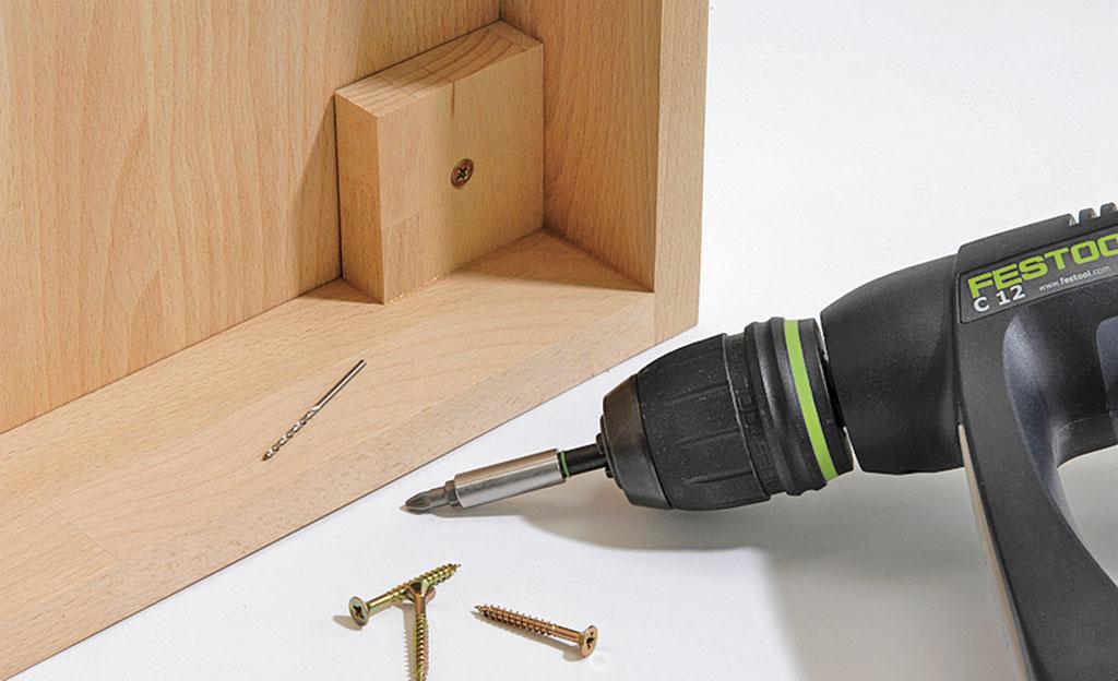 Aktenschrank mit Rollladen selbst bauen