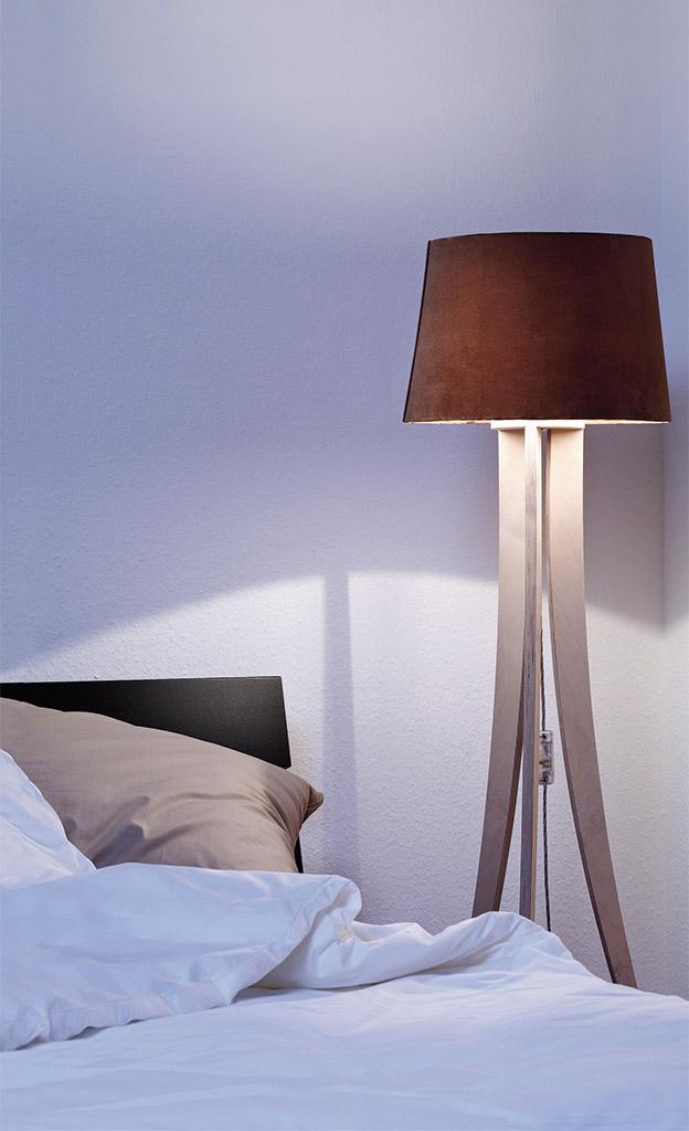 holz stehleuchte bauen. Black Bedroom Furniture Sets. Home Design Ideas