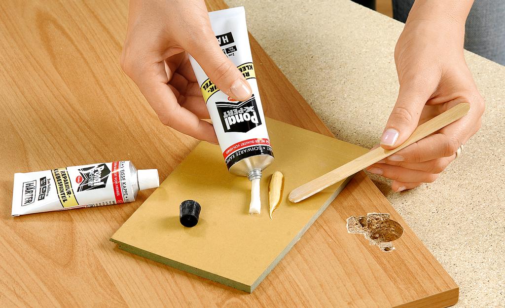 ausgerissenes scharnier reparieren restaurieren reparaturen bild 5. Black Bedroom Furniture Sets. Home Design Ideas