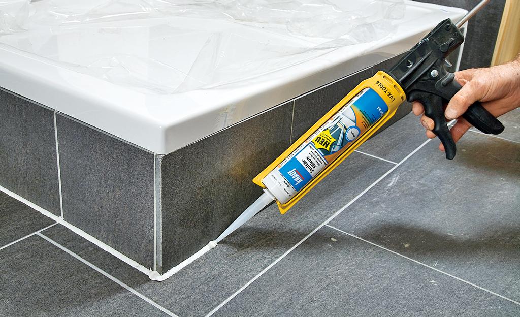 wannenverkleidung badewanne dusche bild 10. Black Bedroom Furniture Sets. Home Design Ideas