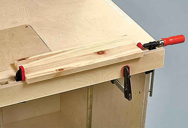 klappbare werkbank selber bauen awesome mit lochplatte with klappbare werkbank selber bauen. Black Bedroom Furniture Sets. Home Design Ideas