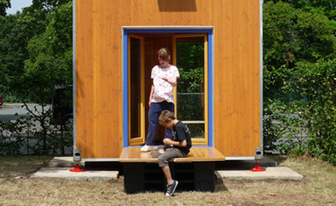 HomeBox1: Wohnturm aus Holz