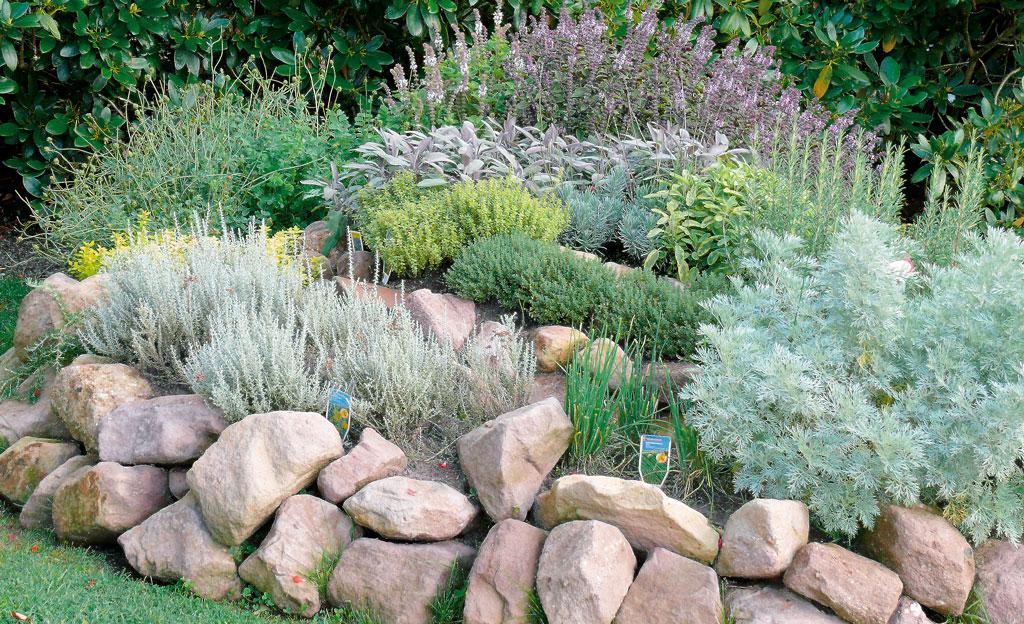 kräuterspirale | selbst.de, Gartenarbeit ideen