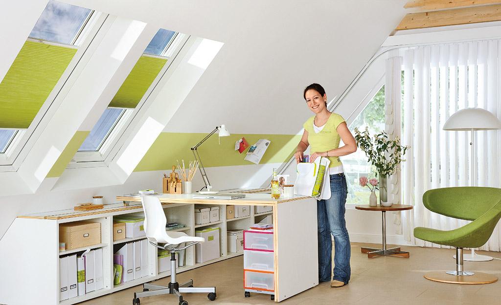 drempelschrank m bel in schr gen. Black Bedroom Furniture Sets. Home Design Ideas