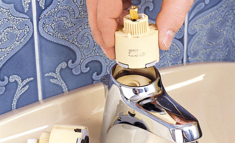 reparaturen am wasserhahn | restaurieren & reparaturen
