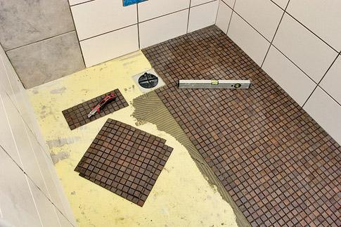 Super Begehbare Dusche Fliesen Legen ~ Wohndesign Ideen NM07