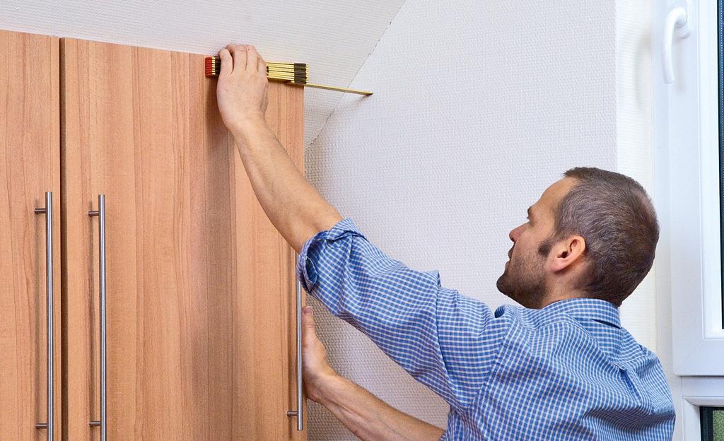 Kniestock: Drempelschrank bauen