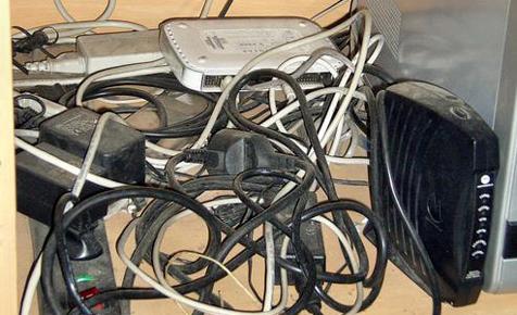 Kabelwust-Versteck-Kiste mit Schalter