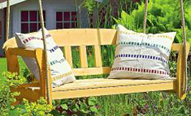 schaukelbank holzarbeiten m bel bild 13. Black Bedroom Furniture Sets. Home Design Ideas