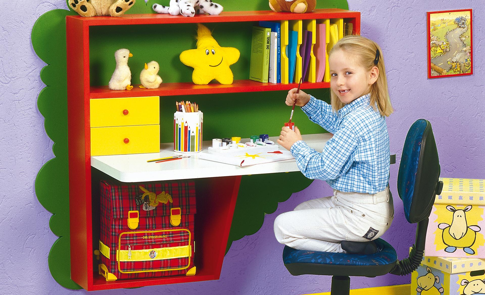 Ein Schreibtisch fürs Kinderzimmer