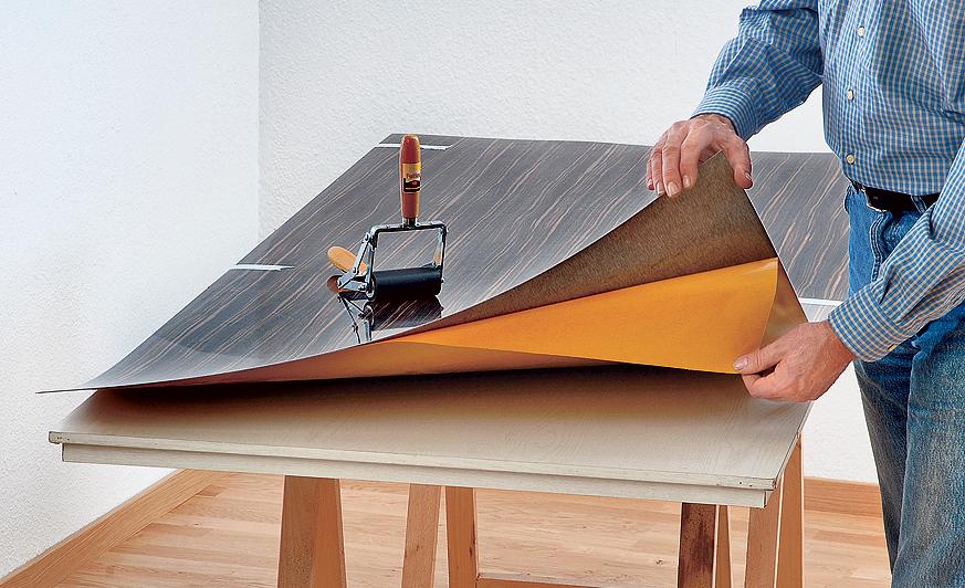 Dekorplatten: Türblatt reparieren