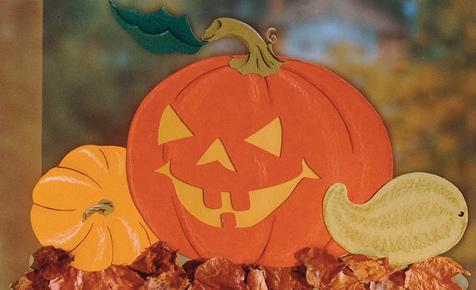 Halloween: Kürbis-Fensterbild basteln