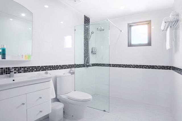 Tipps und Tricks zur ebenerdigen Dusche und ihrer modernen Gestaltung